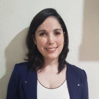 Daniela Tobar Contreras - Educadora de Párvulo y Profesora General Básica. Magister en Educación mención Evaluación de Aprendizajes PUC